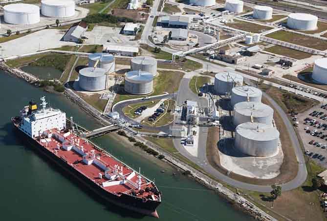 Toyota comienza a probar biocombustibles en el transporte marítimo